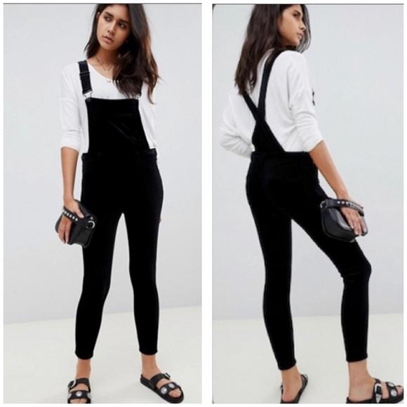 NWOT Blanknyc Black Skinny Overalls Size 25